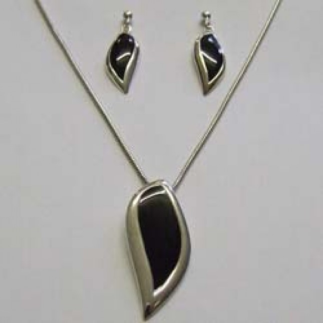 Silver/black matching pendant and earring set, by Ortak.