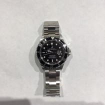 PRE- OWNED ROLEX SUBMARINER
