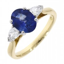 18CT YELLOW AND WHITE GOLD SAPPHIRE AND DIAMOND 3ST RING