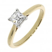 18CT PRINCESS CUT DIAMOND SINGLE STONE RING