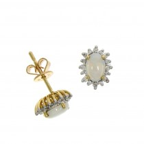 18ct Yellow Gold Opal & Diamond Oval Claw Set Cluster Stud Earrings