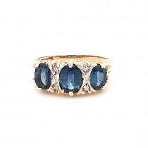 PRE OWNED 9CT YELLOW GOLD SAPPHIRE & DIAMOND 3 STONE RING