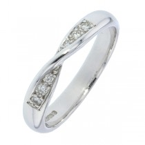 Ladies Diamond Set Wedding Ring (0.10cts)