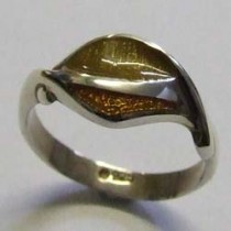Silver Bryony ring, by Ortak.