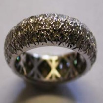 18ct White gold &  Diamond pave band ring